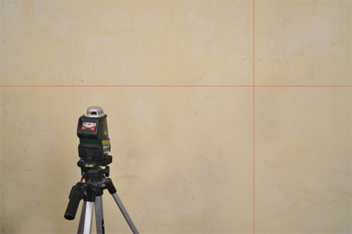 1. Pomiar ściany przy pomocy lasera